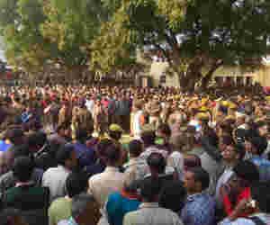 बुलंदशहर हिंसा मामले में नपे एसएसपी , शासन ने आईपीएस अफसरों की तबादला सूची जारी की