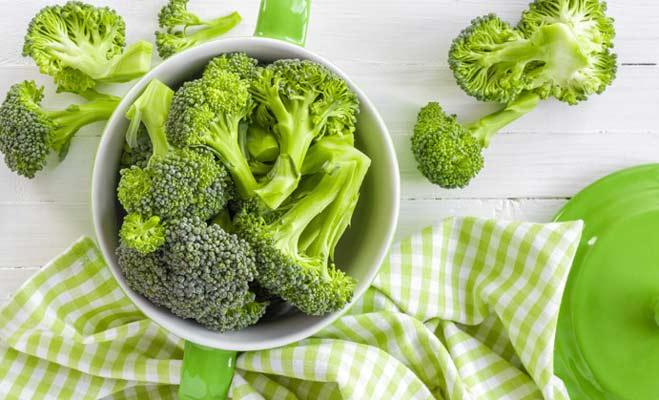 10 फल सब्जियां जो आपको गर्मी में रखे तरोताजा