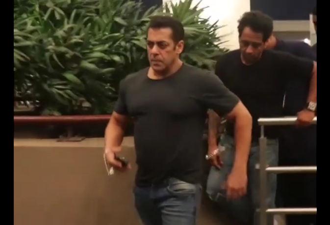 मुंबई एयरपोर्ट पर सलमान खान का दिखा 'दबंग' स्वैग, अब इस देश में करने जा रहे 'भारत' की शूटिंग