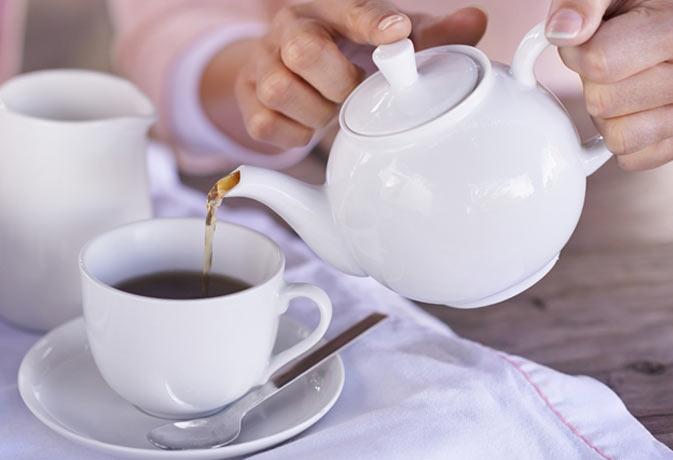 चाय बनाने के बाद चायपत्ती को फेंके नहीं, चूहे भगाने में कर सकते हैं इस्तेमाल