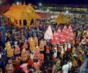 सबरीमाला मंदिर : 11 महिलाआें ने एेसे की प्रवेश की कोशिश, पंबा में तनाव व्याप्त