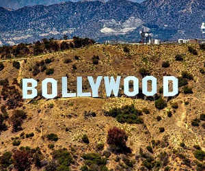 Thugs of Hindostan Movie Review : गधे पे सवार हैं, ठग्स ऑफ हिंदोस्तान
