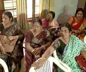 BJP ज्वाइन करने के लिए दिल्ली पहुंची TMC की 20 पार्षद, बताई पार्टी बदलने की वजह