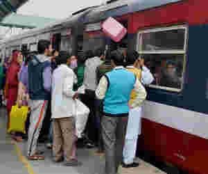 एक यूजर आईडी पर अब 12 रेल टिकटों की बुकिंग
