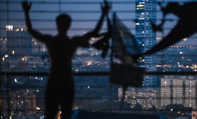 movie review: छोटे बजट की एक कसी हुई फ़िल्म है ट्रैप्ड