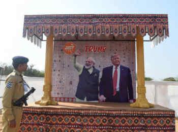 पीएम मोदी और ट्रंप ने भारत-चीन सीमा स्थिति व G-7 के विस्तार को लेकर टेलीफोन पर की बात