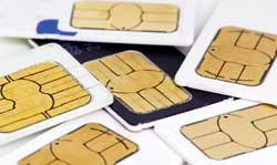 आपके आधार नंबर पर कितने मोबाइल कनेक्शन चल रहे हैं? पता कर लो, वर्ना इन मैडम जैसा हाल न हो!