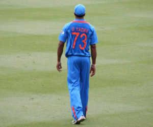 एक मैच में 10 विकेट लेने वाला गेंदबाज शामिल हुआ टीम इंडिया में