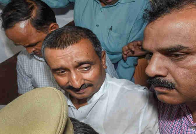 उन्नाव कांड: दूसरी आरोपी भी चढ़ी CBI के हत्थे, जानें घटना के वक्त विधायक कुलदीप के कमरे के बाहर क्या कर रही थी शशि सिंह