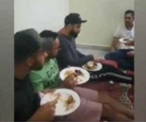 मोहम्मद सिराज के घर बिरयानी खाते विराट कोहली का वीडियो वायरल