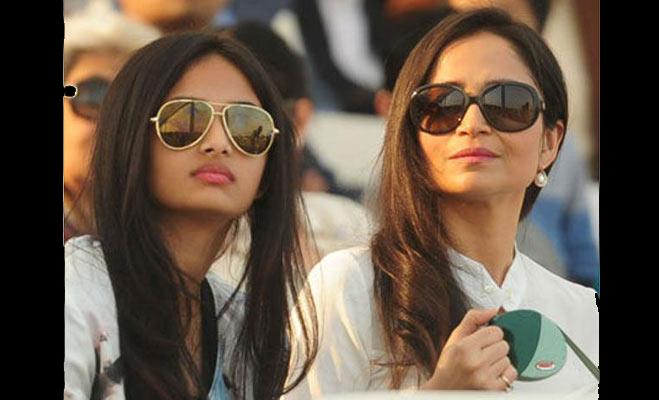 तस्वीरों में देखिए अरबपति की बेटियां कैसे जीती हैं अपनी लाईफ