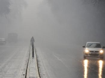 Weather Alert : यूपी में होती रहेगी बारिश और कहीं-कहीं पड़ेंगे ओले, उत्तर भारत में शीतलहर