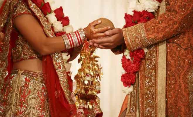 शादी में 7 फेरों के साथ लिए जाते हैं सात वचन,जानें उनका मतलब