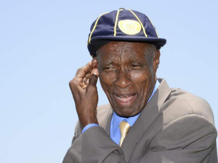 आज ही पैदा हुआ था वो गेंदबाज,जिसके नाम सबसे लंबा रन अप लेने का रिकाॅर्ड