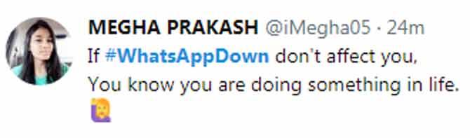 #whatsappdown क्या हुआ लोगों ने बट्टी लगाकर इसकी कर डाली धुलाई,खुद देखिए