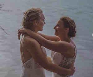 दो महिला क्रिकेटरों ने आपस में रचाई शादी, मैच खेलते हुआ था प्यार