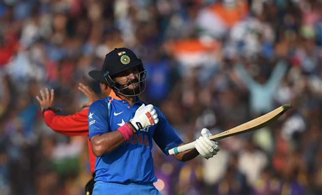 6 साल बाद युवी ने वनडे में लगाया शतक,तोड़ दिया सचिन का रिकॉर्ड