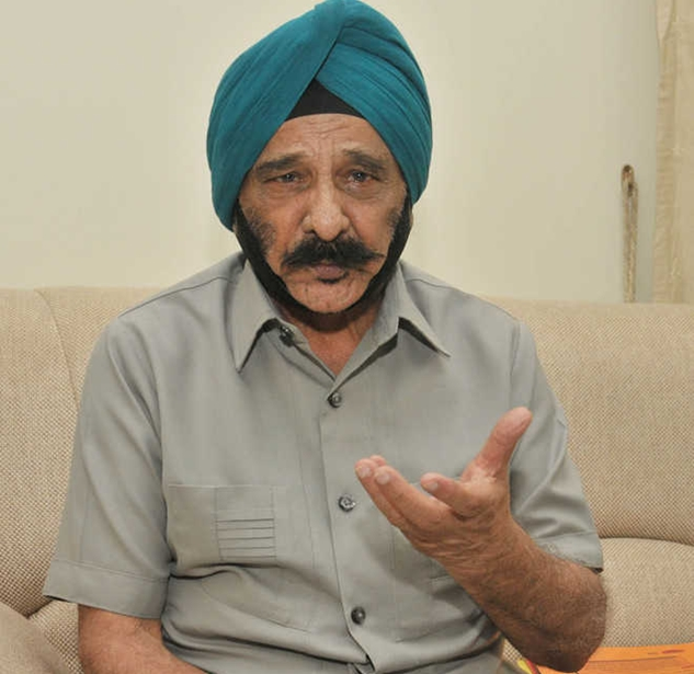 Image result for वह 1987 में जालंधर में जिला सैनिक कल्याण अधिकारी नियुक्त हुए मनमोहन सिंह